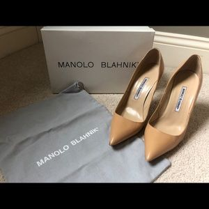 Manolo Blahnik BB Pointed-Toe Pump, Camel